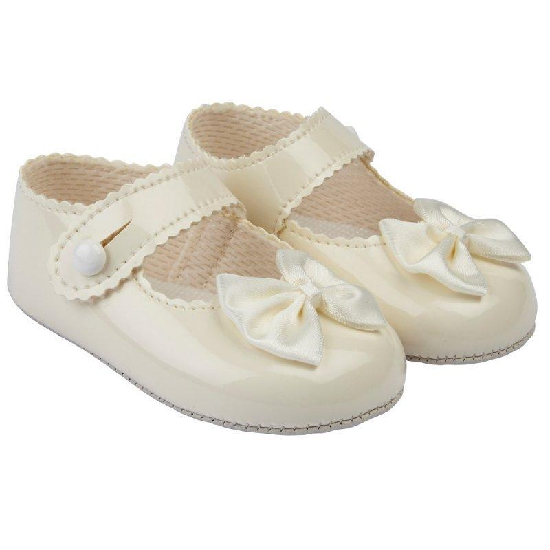 BABY GIRLS SOFT SOLED SHOE- ivory (SHOE SIZES: 6-12 months, 18)